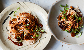 Recipe- Vegan friendly Sichuan Dan Dan Noodles [Serves 4]